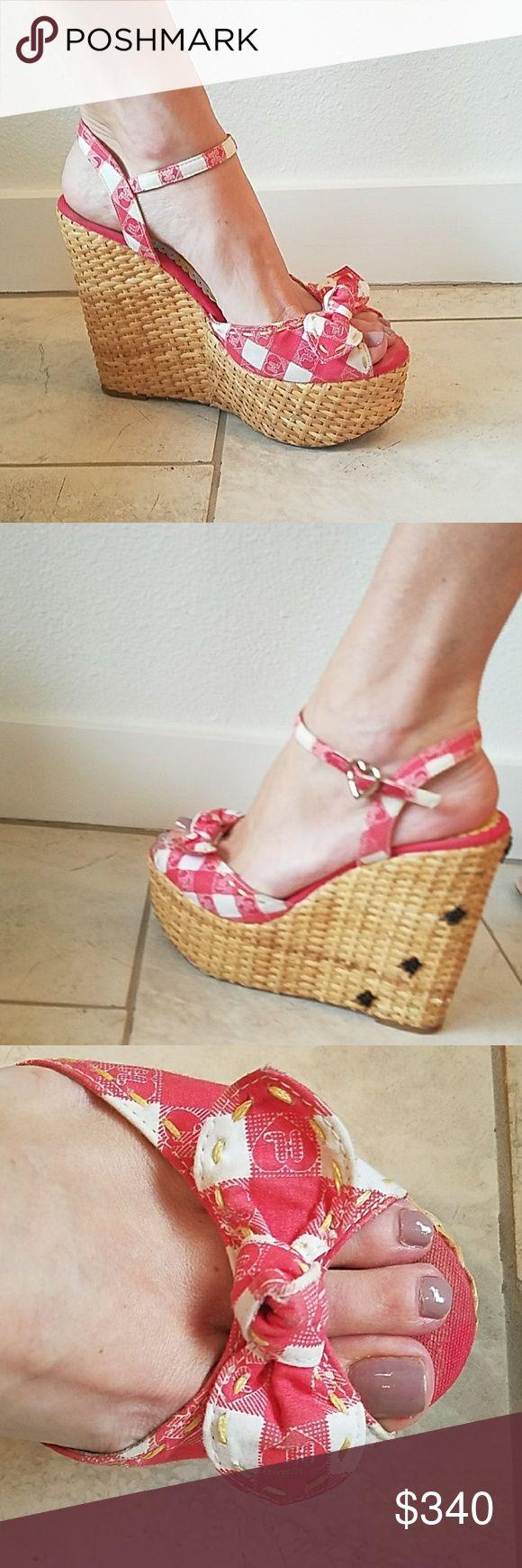 Gwen Stephani Harajuku?? Lovers It's a picnic! Real basket ...