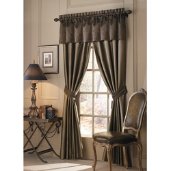 @Overstock - Rich and luxurious, this beautiful curtain panel pair from Luxe Versailles turns any window into a design statement. Each silk panel has a delicate sheen and perfectly detailed finishes, creating the perfect finishing touch for your room decor.http://www.overstock.com/Home-Garden/Luxe-Versailles-Rivoli-84-inch-Silk-Curtain-Panel-Pair/5162292/product.html?CID=214117 $59.99