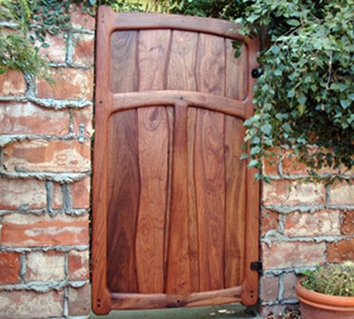 Wood Fence Ideas Front Yard Entrance