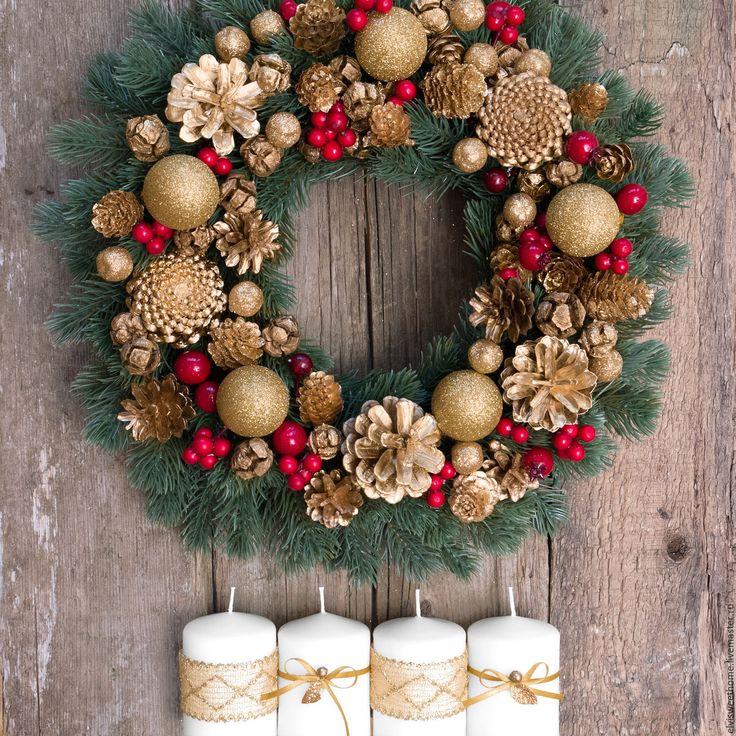 """Купить Новогодний венок """"Золотая Хохлома"""" - комбинированный, шишки, новогодний венок, венок на дверь, веночек"""