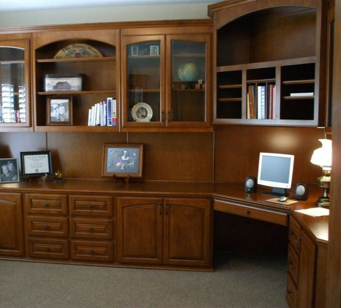 Beautiful Home Office. #brown #wood #cabinets #office #design #dark