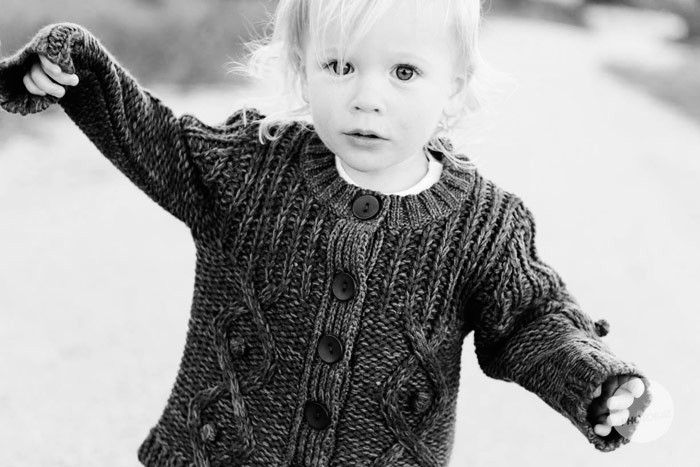 knits, little ones in black and white, texture is awesome