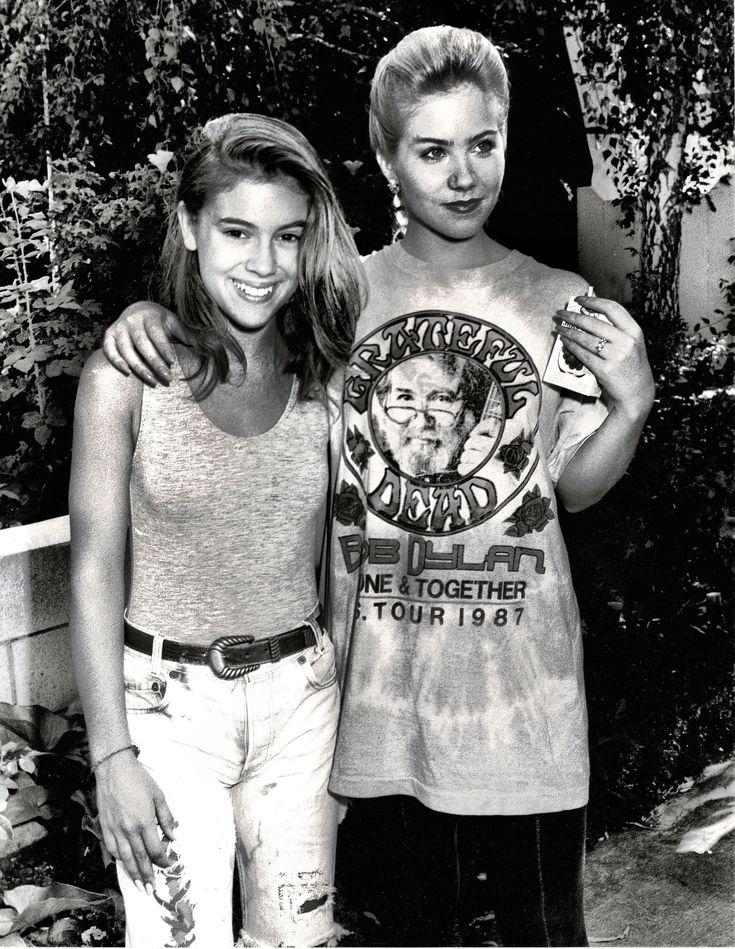 "Alyssa Milano and Christina Applegate on location filming ""Dance 'Til Dawn"", 27 July 1988"