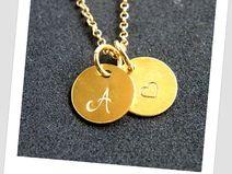 Zainspiruj się naszą bizuterią! Inicjał i serduszko- idealny prezent dla ukochanej osoby ! http://pl.dawanda.com/product/74883579-Naszyjnik-personalny-Pozlacana-literka-serduszko