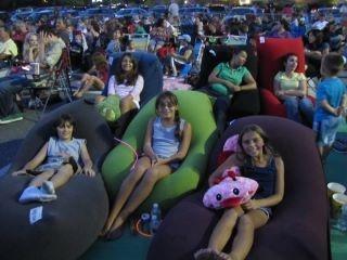 Yogibo Festival Rockingham ParkMovies AtBean Bag ChairsFamily