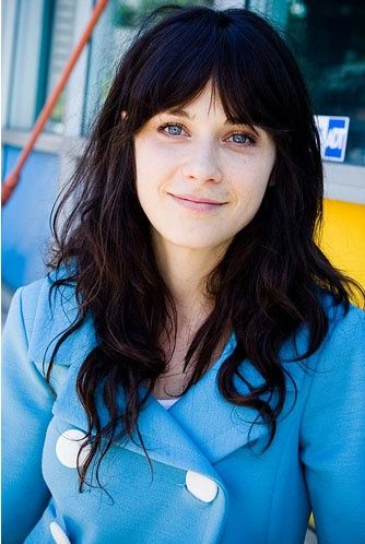 Zooey Deschanel- gorgeous even without makeup ok that makes me feel better, fake lashes had me fooled.