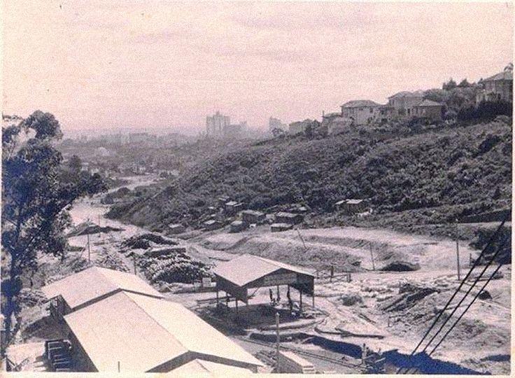Obras da avenida Nove de Julho nos anos 30 / São Paulo: A cidade que não coube nos planos - Nexo Jornal