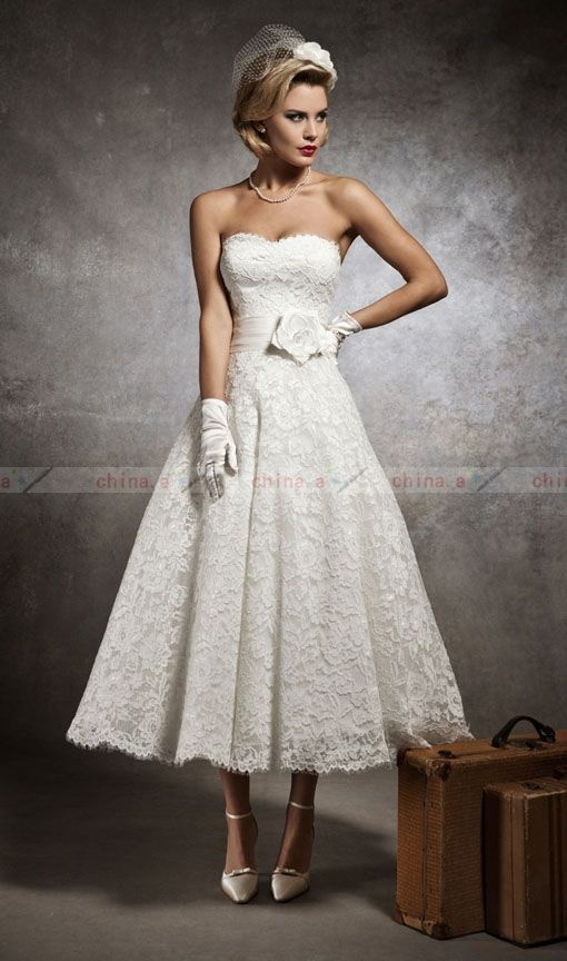 New Stock UK6 8 10 12 14 16 White Ivory Vintage Lace Tea Length Wedding Dresses | eBay THIS IS TOO CUUUUTE