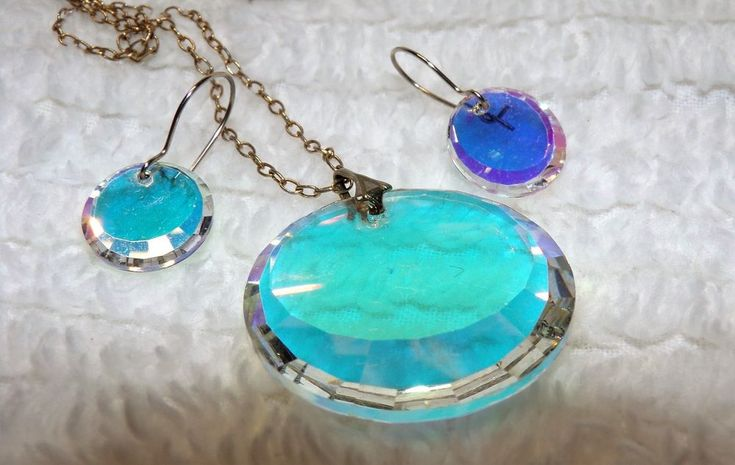 1960's Holographic Glass Necklace and Earring Set AB Glass Faceted Edges