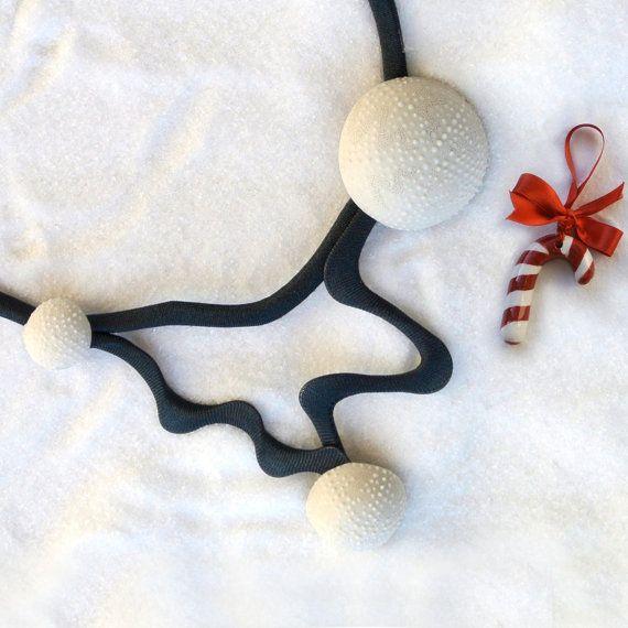 Necklace. White limoges porcelain. Sea Urchin. di Patotype su Etsy