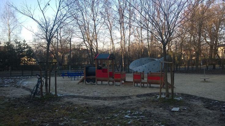 Kraków Stary BIeżanów, plac zabaw ul. Popiełuszki