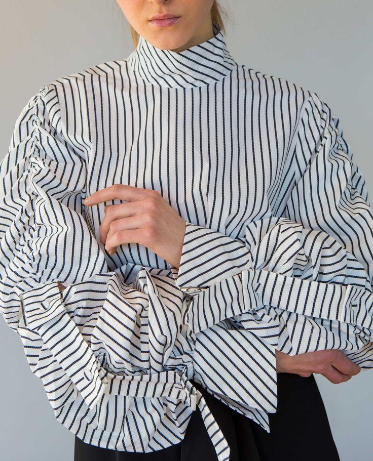 Statement Sleeves shirt