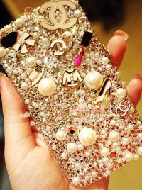 Luxurious Cute iPhone 4 Cases For Girls