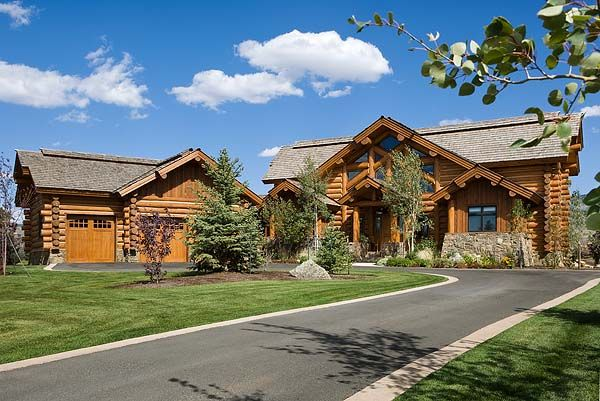 Log home with detached garage dream home ideas for Log cabin house plans with garage