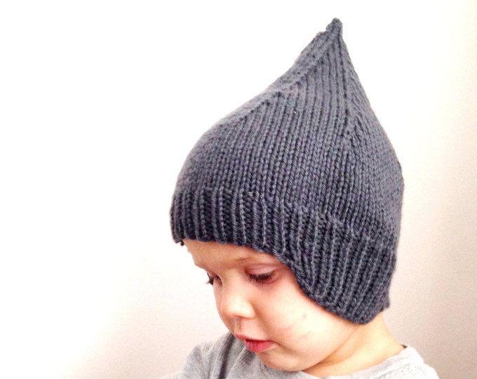 wildandoats on Etsy// Sweet Peaks Earflap hat