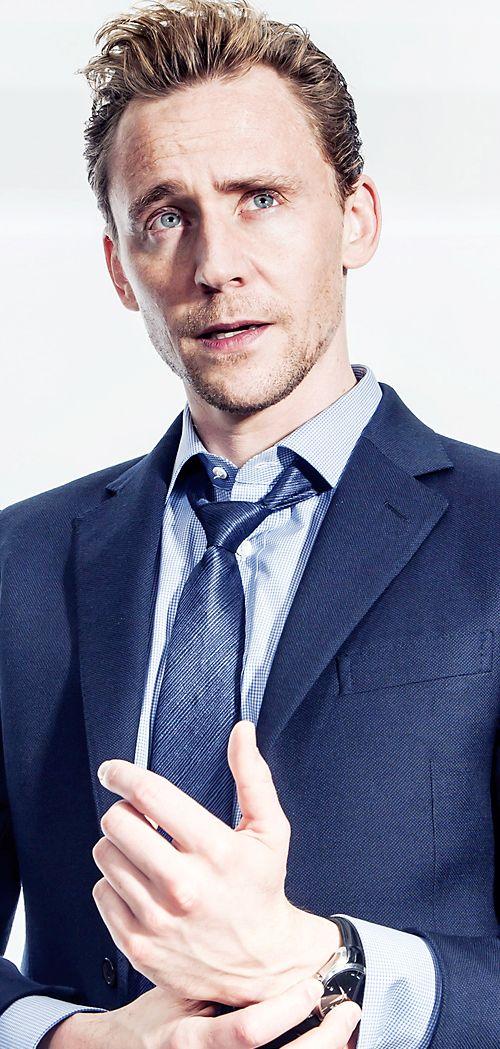 Tom Hiddleston by Rob Greig. Full size image: http://ww4.sinaimg.cn/large/6e14d388gw1f1vidjdtn2j21kw2dc4qp.jpg Via: Torrilla, Weibo http://tw.weibo.com/torilla/3952665400796426