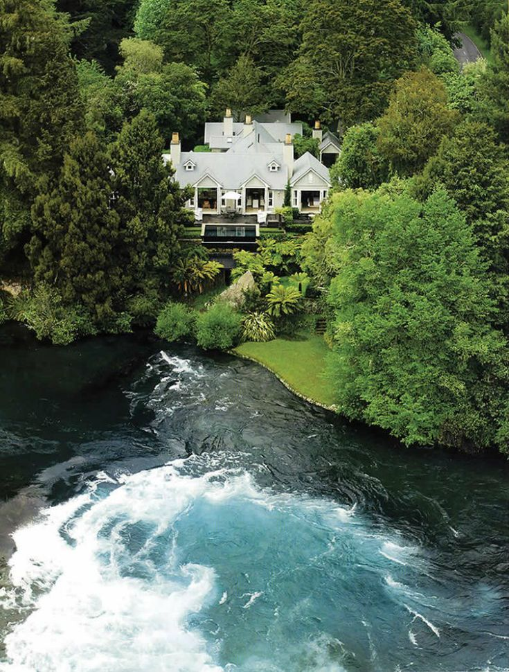 Founded in the 1920s, Huka Lodge has become one of New Zealand's most iconic retreats. Comfort, ambience, gourmet cuisine, fine wine and attentive service all ensure extraordinary hospitality. On its approximately seven hectares of manicured grounds, guest rooms provide secluded accommodation.  #huka #lodge #newzealand #relaischateaux