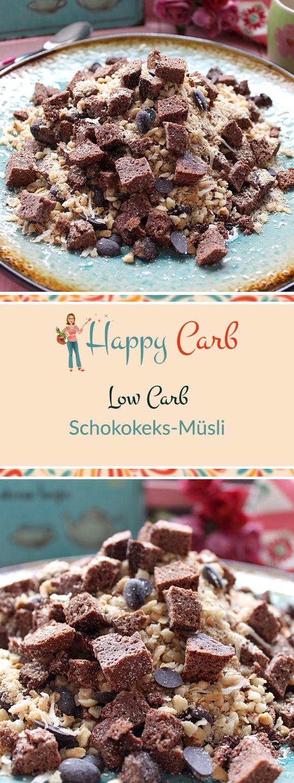 Mit dem Low Carb Schokokeks-Müsli geht der Tag lecker los.  Low Carb Rezepte von Happy Carb. https://happycarb.de/rezepte/fruehstueck/low-carb-schokokeks-muesli/