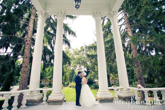 Elopement package Albemarle Inn. Such a magnificent Inn in Ashville. A perfect place for love.