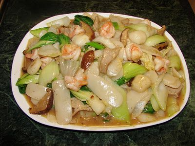 Sunflower Food Galore: Stir fried rice cake 炒年糕