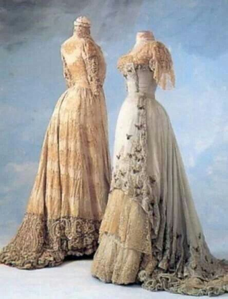 Day dress 1895. Patrimonio Histórico Familiar