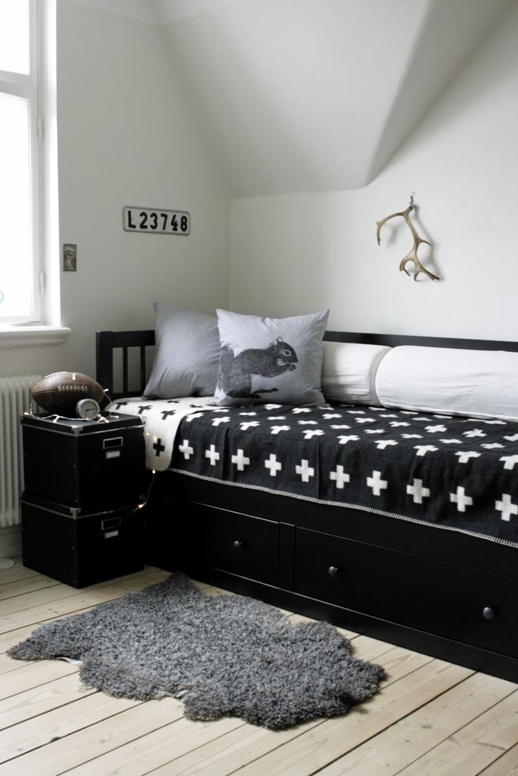 I like the pattern, maybe no black & white.....LILLA VILLA VITA