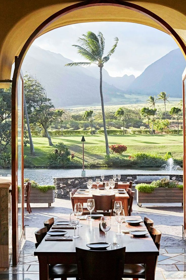 The Best Restaurants in Maui Will Convince You to Cross the Pacific