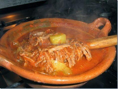 ¿Gusta Usted? : Tinga de res. Carne de res cocinada en una salsa d...
