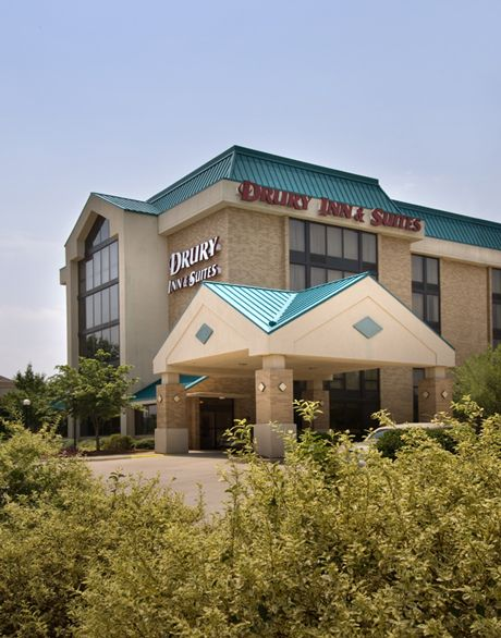 Learn more about hotels in Charlotte, North Carolina. Learn about traveling to, hotels in and vacations in Charlotte. Drury Inn & Suites Charlotte University Place - Charlotte, NC