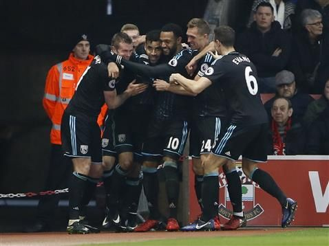 West Bromwich Albion win 2-1 against Southampton in the Premier League at St Marys
