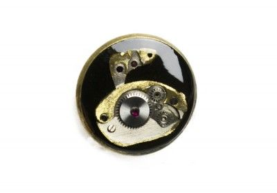 Sport- Curling pin made ​​of the mechanisms of the watch flooded resin.