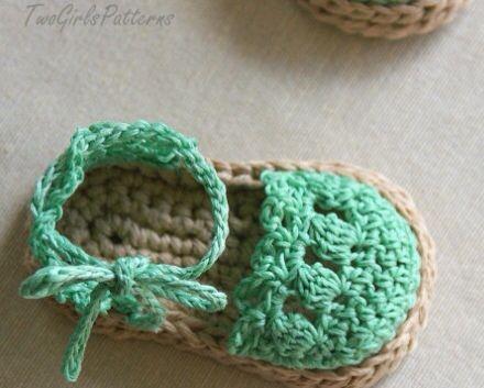 En crochet, zapatitos y sandalias para bebé