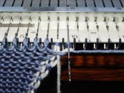 Anti-Rollrand-Technik seitlich für Einbettmaschine