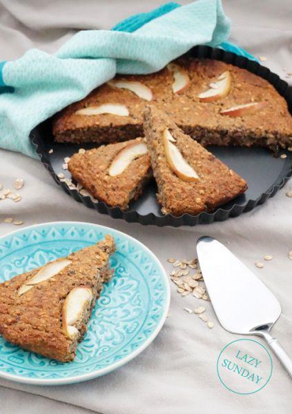 Ontbijttaart met rozijnen en noten - Mind Your Feed