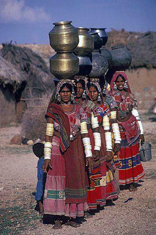 Mujeres 'Banjara', o también denominadas Gitanos de la India. Son una comunidad nómade.