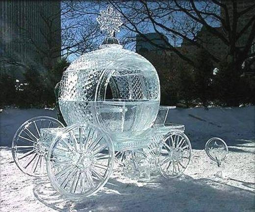Carroza de fantasía en hielo para las que no pueden vivir sin Disney!