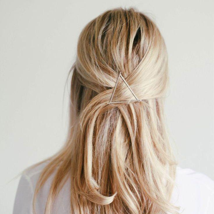 xFresca Women/'s Hollow Triangle Geometric Metal Hairpin Hair Clip Set Of 2