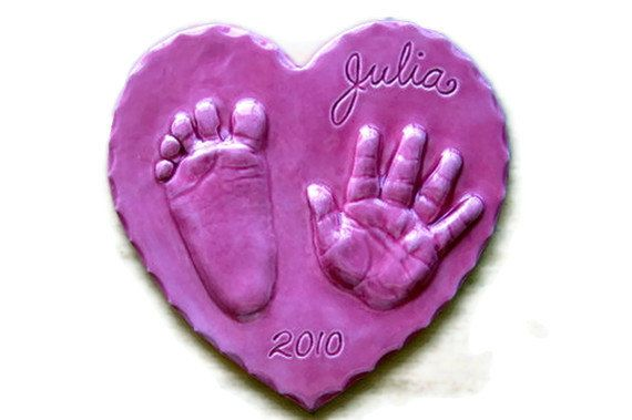 Lovely hand print ornament kit! Create relief handprints instead of the usual impressions. So pretty! Sized for children up to 6 months. Lot of colors available!