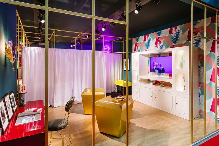 #altreforme living room, @isaloni  #lesfemmesdealtreforme #Novecento #HomeSweetHome New collection 2016 #designweek #interior #home #decor #homedecor #furniture with #woweffect #aluminium #art #architecture #design #decoration #interiordesign #fashion #style #home #hotel #milan #italy #madeinitaly #bespoke #luxury #furnishing