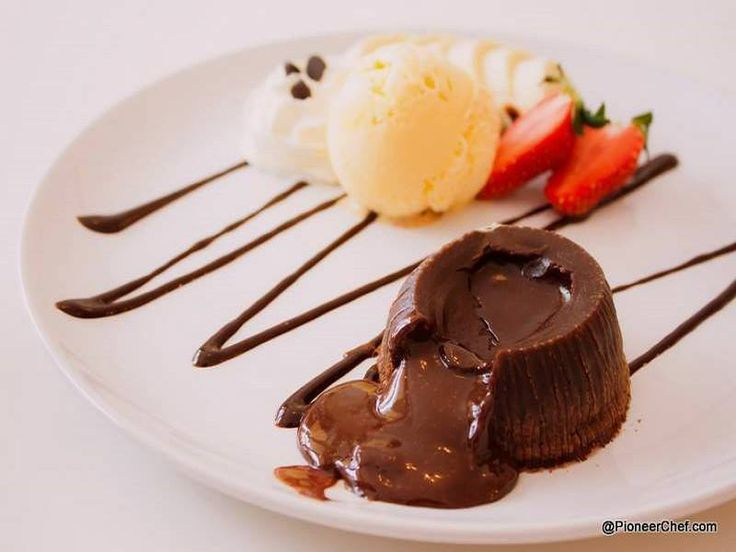Brush aside all worries related to your weight, #bake this #chocolatelavacake and plunge in its rich #aroma and #taste as this one is low on #calories ->  http://www.pioneerchef.com/cake-recipes/molten-chocolate-cake-to-delight-you/
