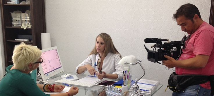 Esta noche a las 22:15 no os perdáis el programa 75 Minutos en Canal Sur, nuestra clínica le realiza un test nutrigenético a la reportera Bea Díaz. En el reportaje hablarán de los hábitos alimenticios y la importancia de conocer nuestra genética a la hora de alimentarnos.