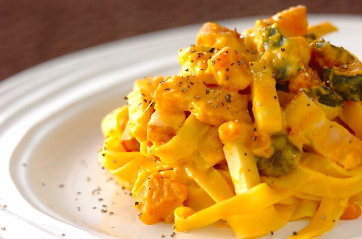 カボチャとベーコンのクリームパスタのレシピ・作り方 - 簡単プロの料理レシピ | E・レシピ