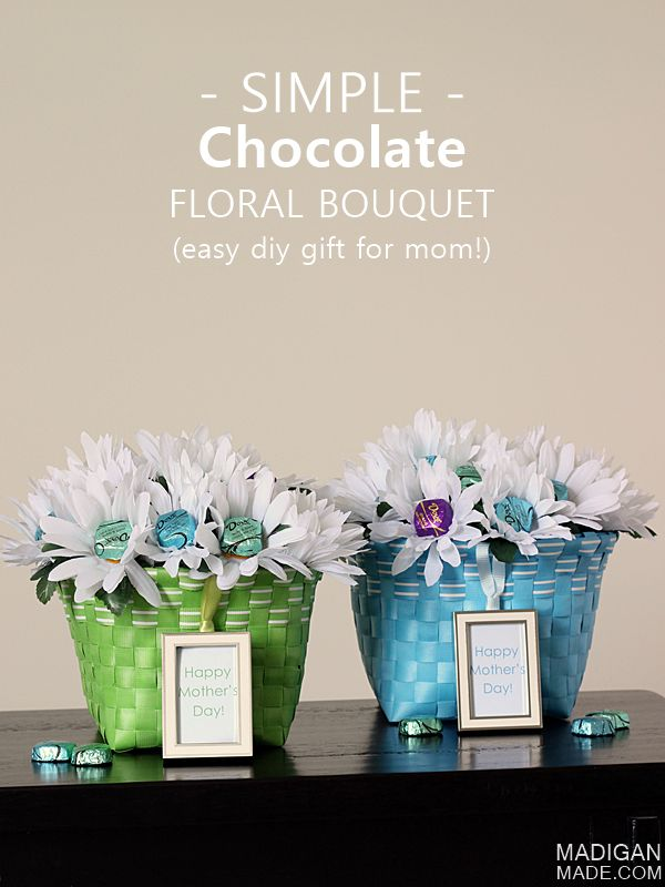 Love this idea for an easy Mother's Day gift: a DIY Chocolate Bouquet. She loves chocolate! #sharetheDOVE