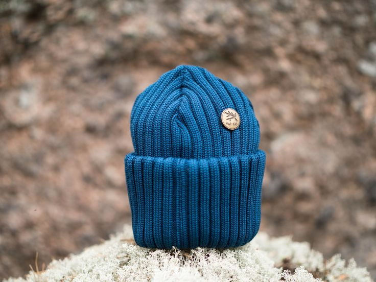 Glacier Blue Aarni Merinowool Beanie. Winter essentials by VAI-KØ.