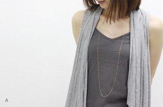 トレンドに関係なくロングチェーンの華奢ネックレスは1つ持っておきたい♡♡シンプルコーデに合わせてフェミニン度を上げるアイデア☆