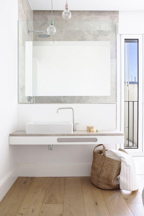 suelo vinilico / 8 reformas para tu baño por menos de 600 euros #hogarhabitissimo