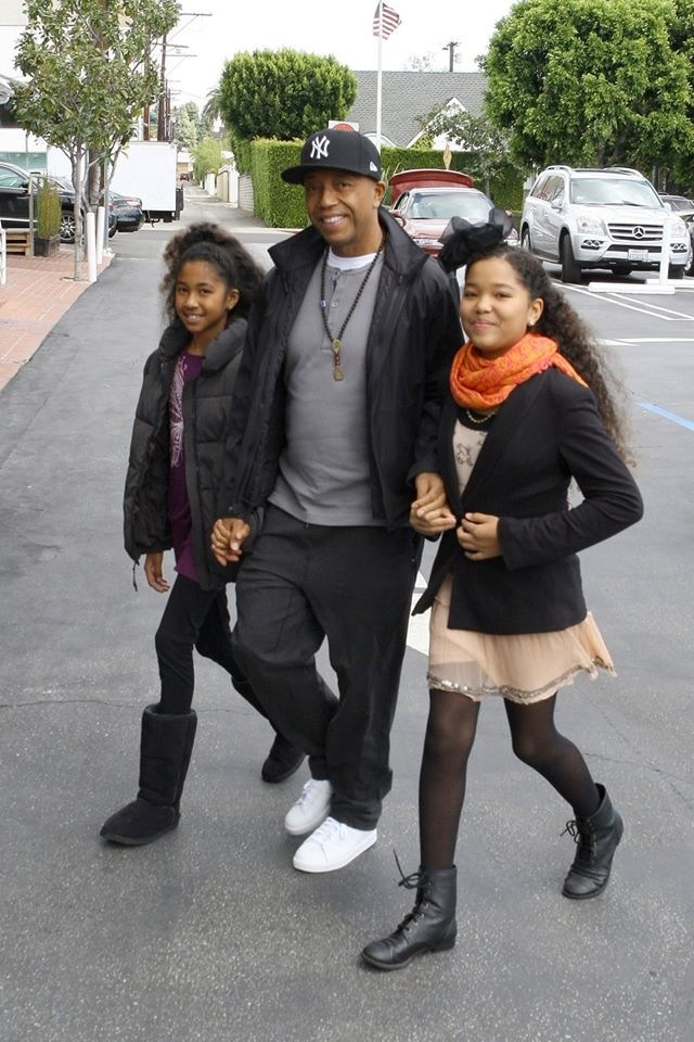 Russell Simmons with his (& Kimora Lee Simmon's) daughters New Hip Hop Beats Uploaded EVERY SINGLE DAY http://www.kidDyno.com