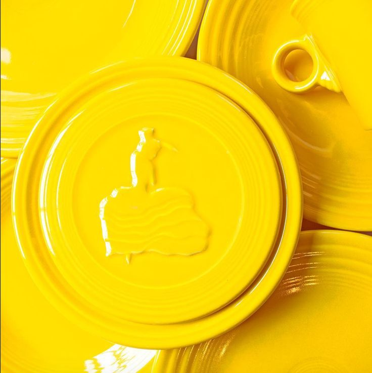 Fiesta Dinnerware introduces its new color of 2017 - Daffodil! Available mid-June 2017 at retailers nationwide and www.fiestafactorydirect.com.
