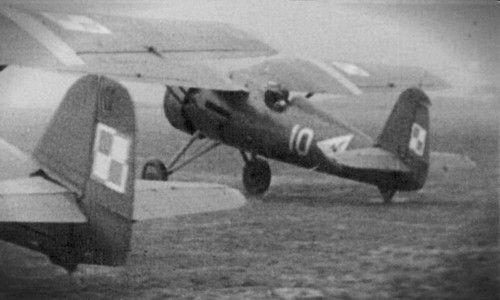 Hieronim Dudwał's PZL P.11c in action once again!