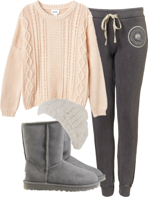 Eleanor inspired outfit for a lazy day! Monki oversized top $49 / Cotton pants / UGG Australia ...